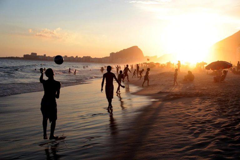 Jak zaplanować rozrywkę podczas wyjazdów wakacyjnych?